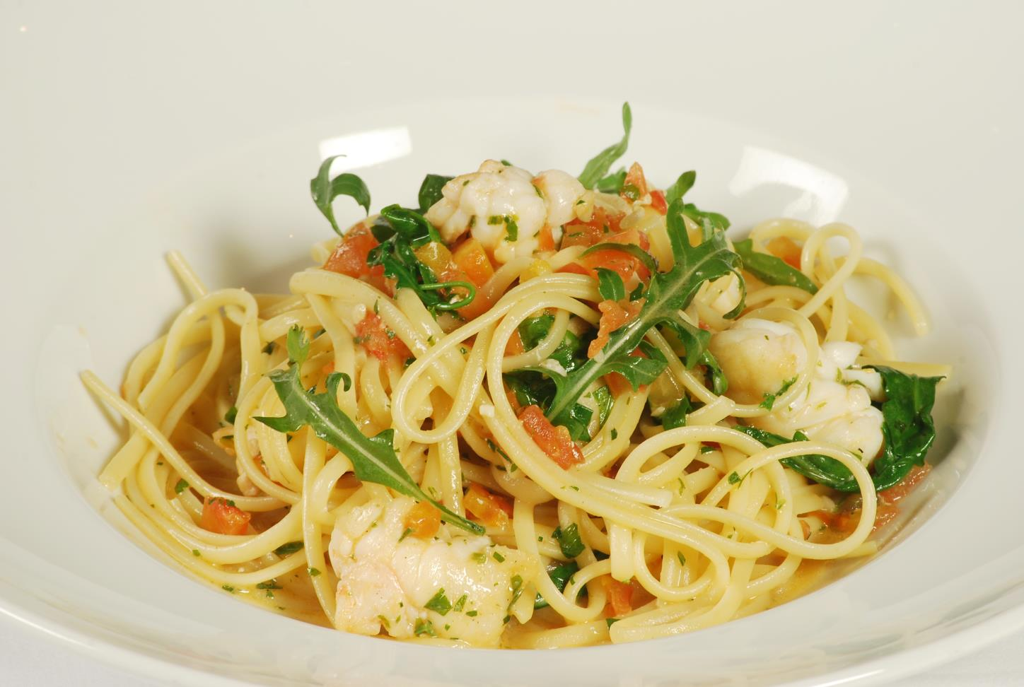 Linguine with lobster and arugula