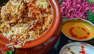 Hyderabadi Murgh Biryani