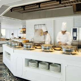 Al Dawaar Dubai's only revolving restaurant