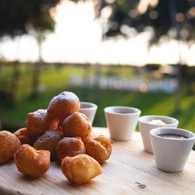 Zeppoli- An Italian pastry