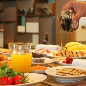 grand hyatt istanbul breakfast maple syrup