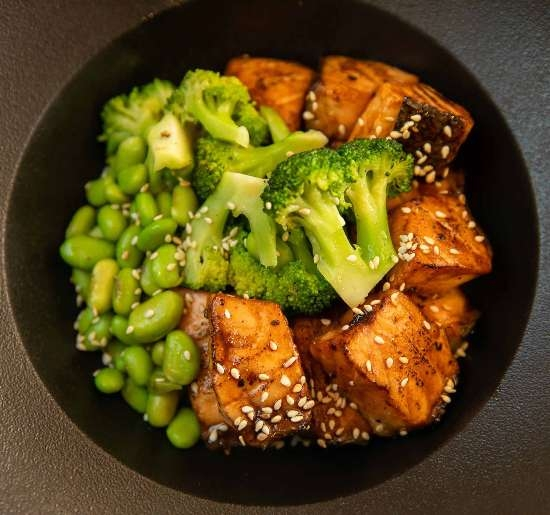 Teriyaki salmon© bowl