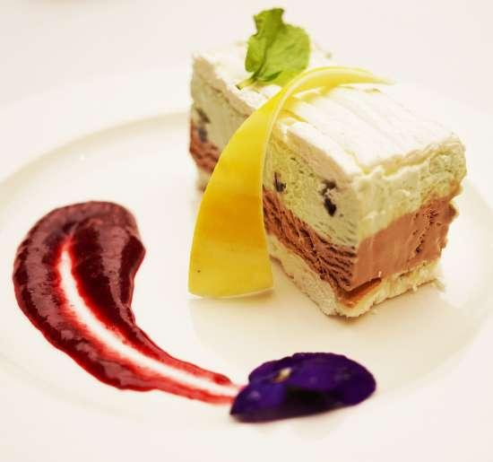 Italian style Chocolate and Mint Parfait Meringue